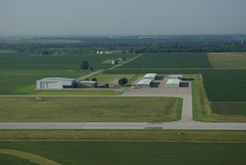 Overview of Macomb Municipal Airport